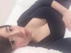J奶AV女优三岛奈津子 玩抖音满屏雪白美乳