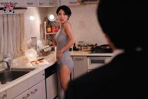 君岛美绪DASD-786 人妻得不到满足吃老公下属巧克力棒