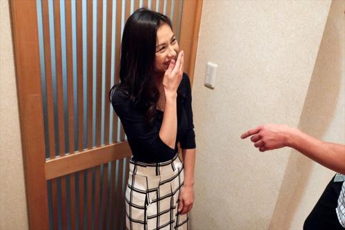 武藤彩香JUL-401 美熟女演技神不可错过