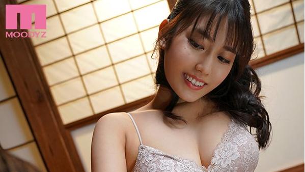 神宫寺奈绪MIDE-880 美女利用性感身材向已婚男推销内衣
